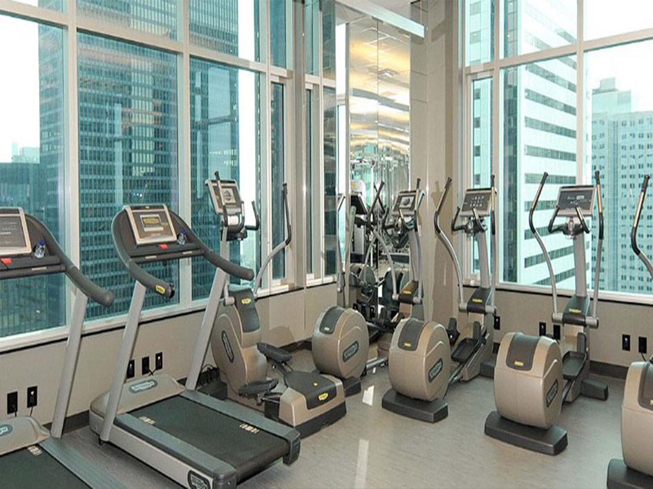 325Bay-gym