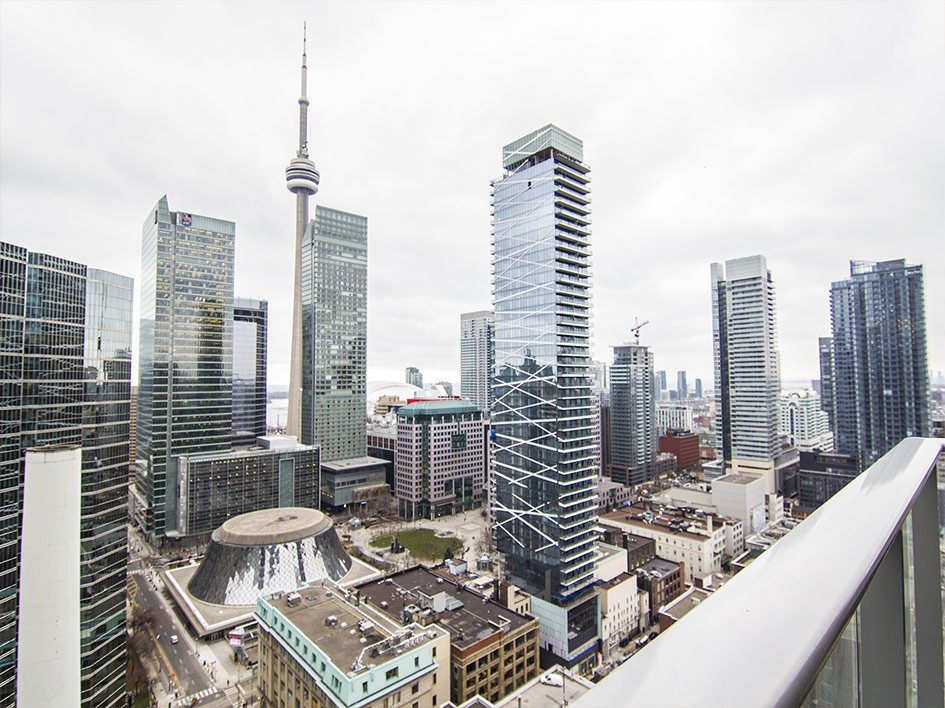 Bay Street Condos | Shangri-La – 180 University Avenue