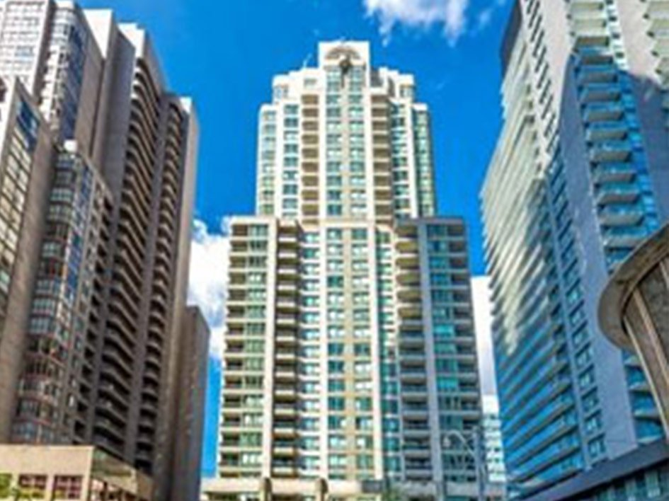Bay Street Condos | The Penrose – 750 Bay Street