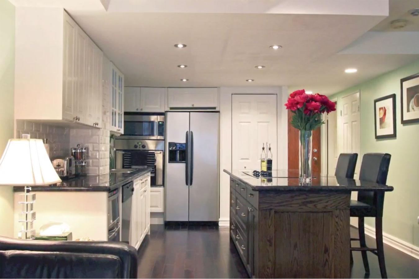 EmpirePlaza-kitchen